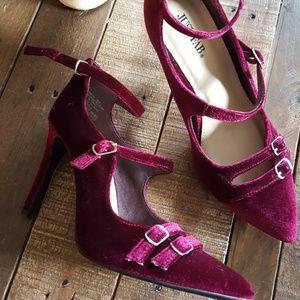 velvet pointy heels